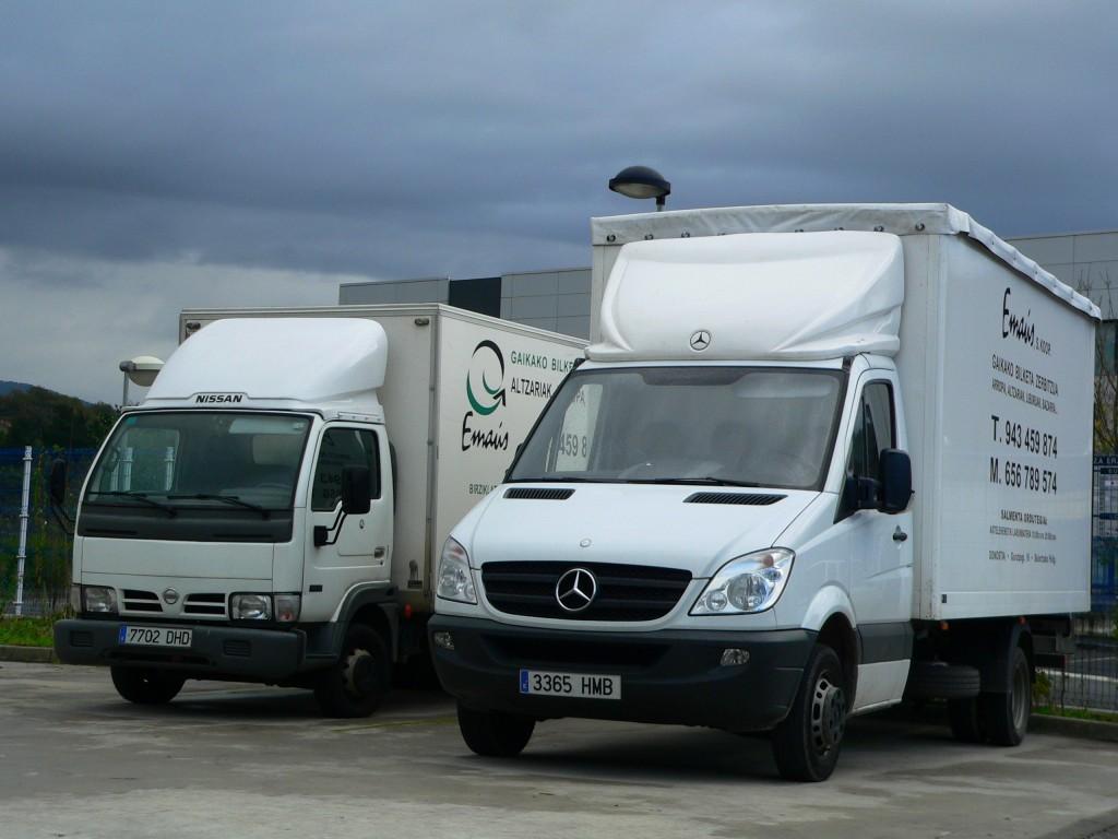 Camiones de Traperos de Emaús